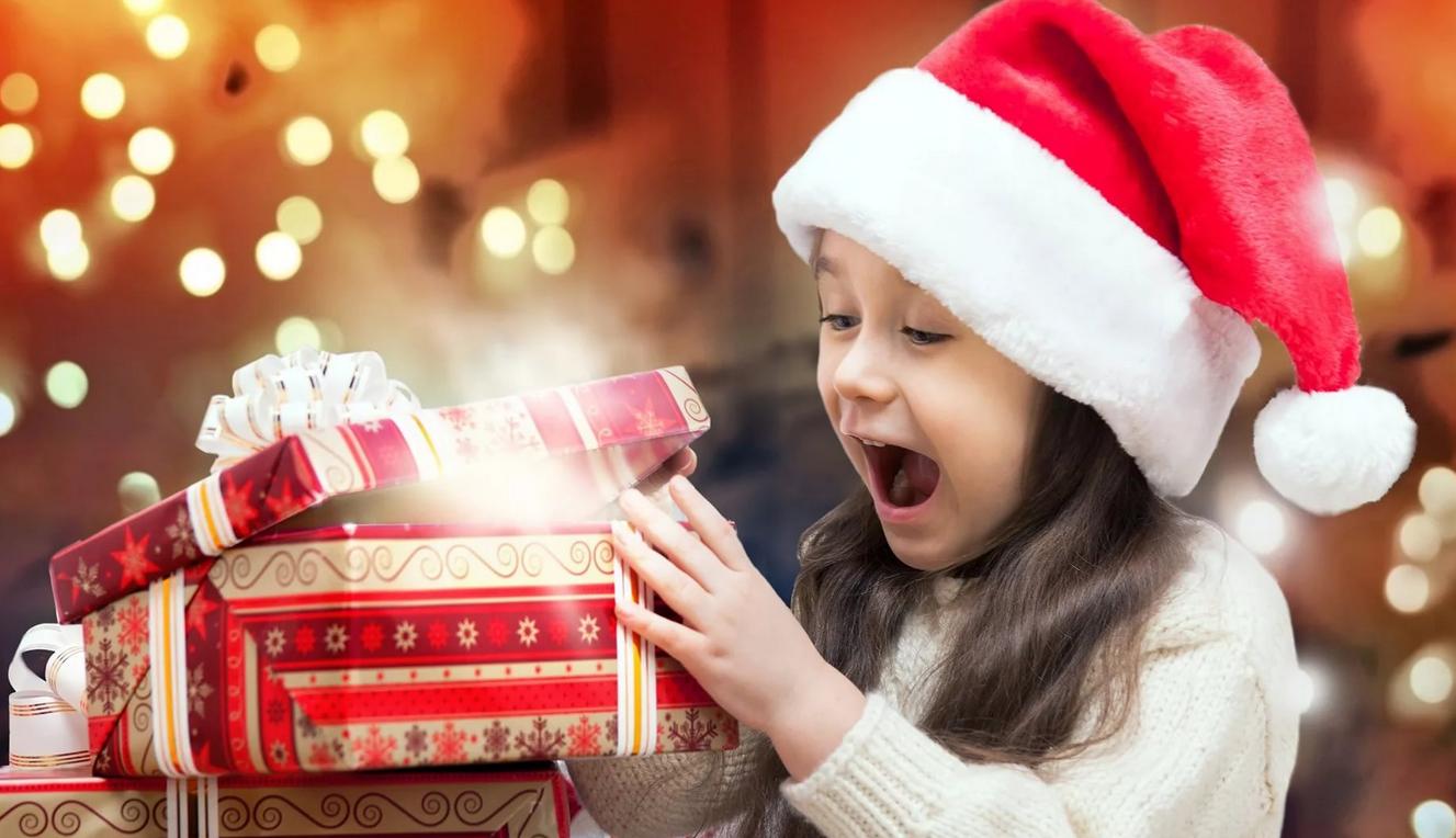 Приказ на новогодние подарки детям работников: образец 2019