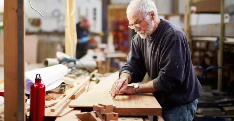 Когда нельзя сокращать работника предпенсионного возраста калькулятор сколько до пенсии мвд